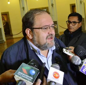 Descontarán ocho días a maestros de Potosí