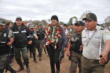 El presidente Evo Morales aclara que no quita dinero a regiones
