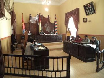 Concejales suplentes sugieren sesionar y percibir remuneración
