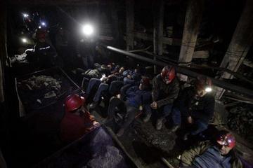 Más de 70 mineros en Chile se aíslan en mina por demanda salarial