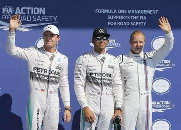 """Hamilton logra su décima """"pole"""""""