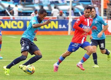 Bolívar consigue su primera victoria del Apertura
