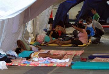 Venezuela deporta a  cientos de colombianos por orden de Maduro