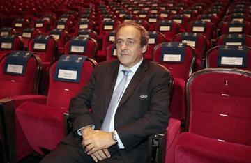 Platini rehúsa hablar sobre problemas de la FIFA
