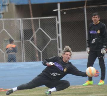 Real recupera a Lapczyk para el duelo contra Bolívar