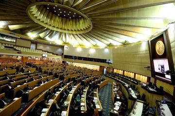 Tailandia rechaza sus reformas y frena regreso a la democracia