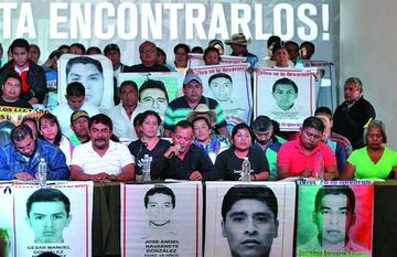 Fiscalía de México defiende que normalistas fueron quemados