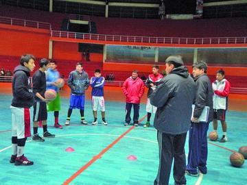 Pichincha visita a San Simón de Cochabamba
