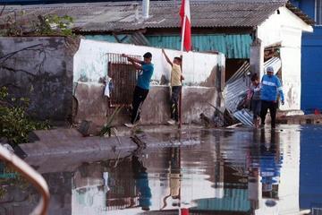 Los muertos en Chile ascienden a 12 y a 642 damnificados por el sismo y tsunami