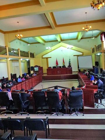 La Asamblea alista informe de los gastos del estatuto