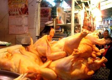 Comercializadores piden audiencia al Gobierno para resolver incremento del precio del pollo