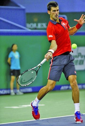 Djokovic pasa a la final de Tenis de Shanghái
