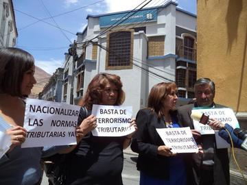 """Los microempresarios denuncian """"terrorismo tributario"""" en Bolivia"""