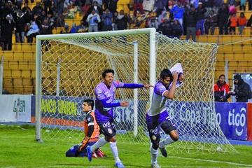 Álvarez le da la victoria a Real Potosí