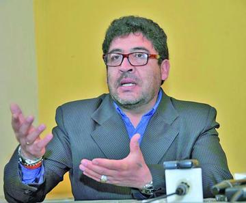 Califican de irrisoria idea de fiscal argentino de construir muros en frontera