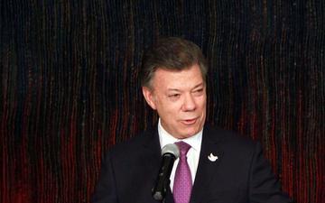 Santos, dispuesto a adelantar a diciembre el alto al fuego
