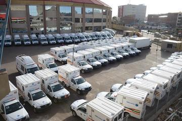 Entrega de ambulancias abre el festejo del 10 de noviembre