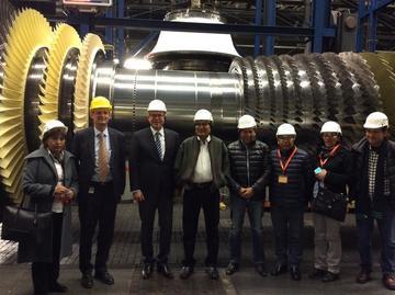 Evo Morales inicia su gira por Europa buscando inversiones