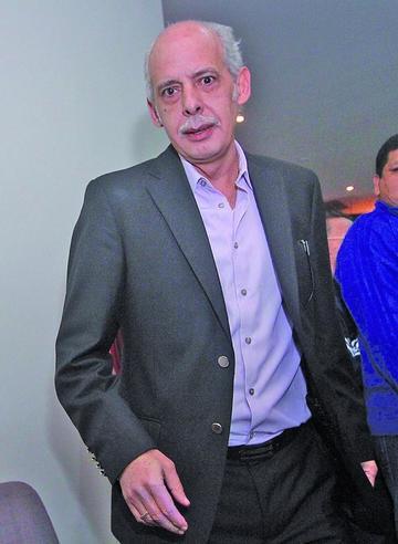 Aumentan ocho delitos más a Chávez