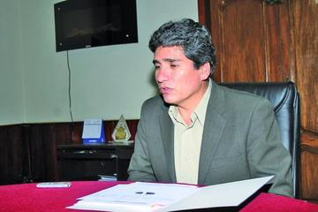 Exgobernador potosino es posesionado como el director del Sernap