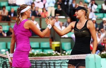 Kvitova y Sharapova cumplen su papel de favoritas