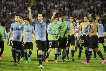Uruguay golea a Chile con un 3-0, el peor golpe para la roja en la era Sampaoli