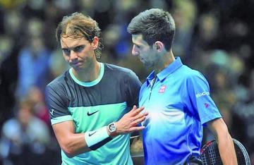 Djokovic gana y avanza a la final