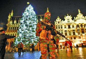 Francia comienza a modelar su  coalición contra el terrorismo