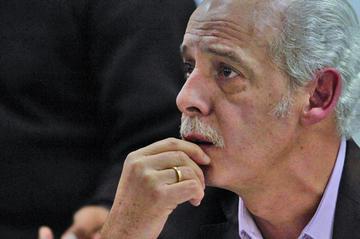 Fiscalía implica a la esposa de Carlos Chávez