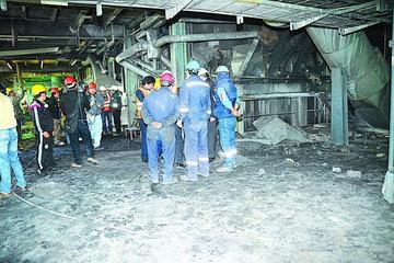 Una explosión pone en riesgo la fundición en Karachipampa