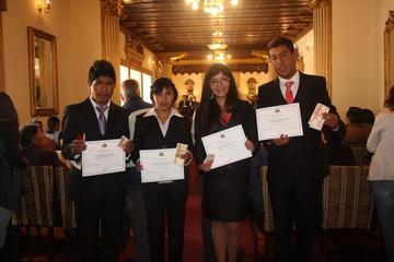 Los dos mejores bachilleres de Potosí están en Tupiza y Uyuni
