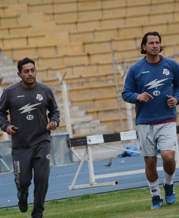 Peña y Salazar cumplen con su trabajo específico