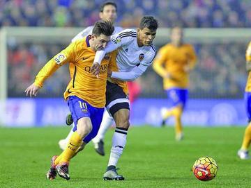 Valencia empata con Barcelona