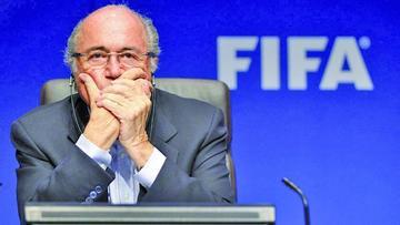 FBI investiga a Blatter por soborno
