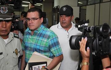 """La justicia envía a la cárcel de Palmasola al """"narco coronel"""""""