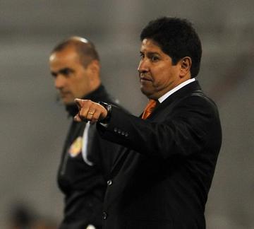 Villegas afirma que no renunciará a su cargo