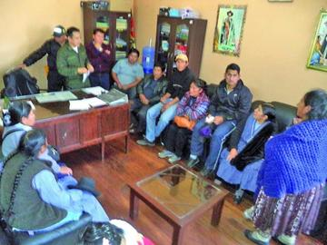 Acuerdan venta de carne de cerdo en un precio de 32 Bolivianos el kilo