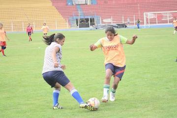 La selección potosina de fútbol parte hoy a la ciudad de Tarija