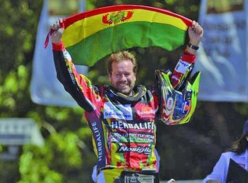 Nosiglia está entre aspirantes al titulo del Dakar en quas