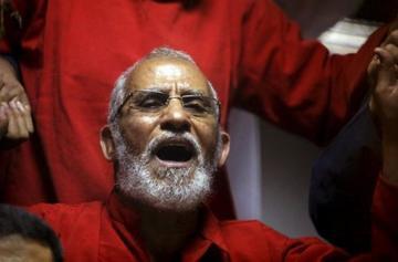 Anulan pena perpetua de un islamista en Egipto