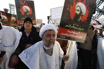 Arabia Saudí suspende todos  sus vuelos desde y hacia Irán