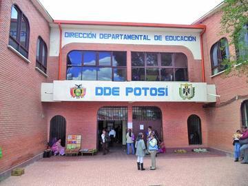 Planifican operativo de las inscripciones en escuelas