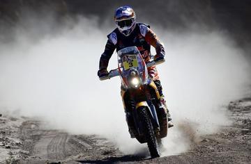 Peterhansel y Price se encaminan hacia la victoria en el Dakar