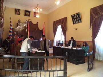 Concejales no logran designar a alcalde por debate sobre curules