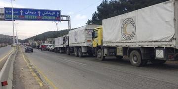 Nuevos convoyes de ayuda tratan de aliviar el asedio en regiones sirias