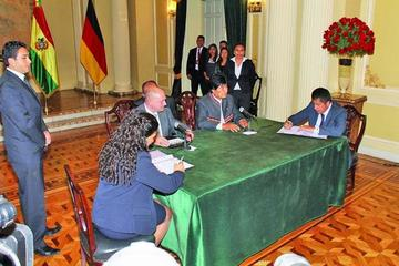 Bolivia y Alemania firman tres pactos de cooperación histórica