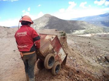 Producción de carga del Cerro Rico de Potosí disminuye 50 %