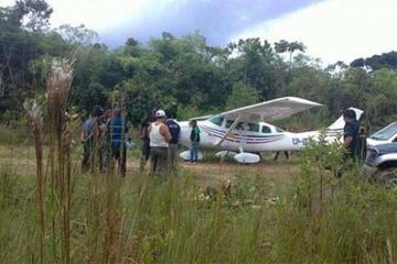 Avioneta boliviana fue intervenida en Perú con 90 kilos de cocaína