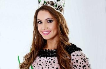 La Miss Bolivia 2015 renuncia a la corona