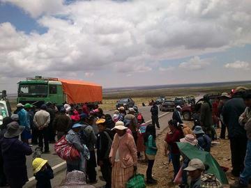 Despues de cinco días abren camino a Uyuni
